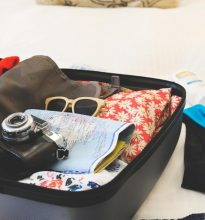 holiday-suitcase_925x