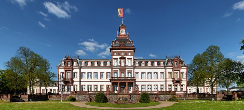 schloss phillipsruhe