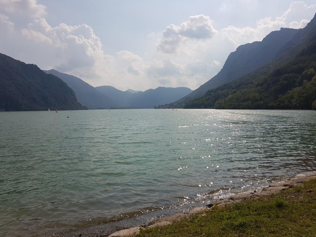 lago idro